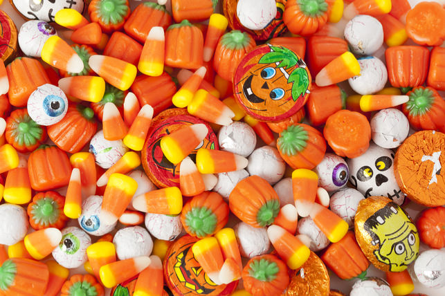 Di9buhg - Dental Cavities Just Love Halloween Candy Binges
