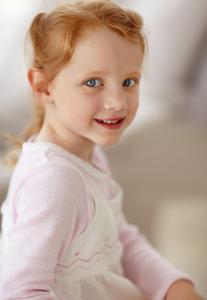 girl with red hair 18820038 - Can children be at risk for developing periodontal disease?